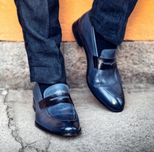 Wide Feet: Here Are the Causes and How
